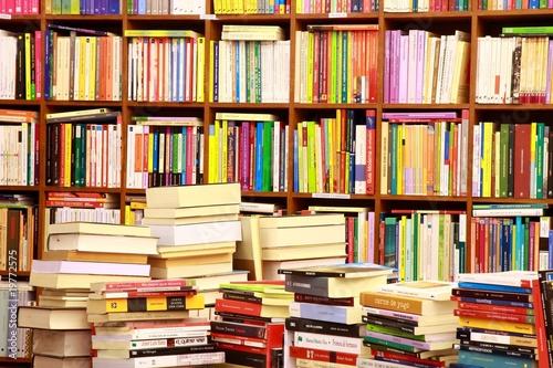 Deurstickers Bibliotheek Library, Bücherwand, Buchgeschäft, Buchladen, Spanien