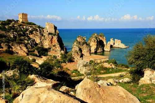 Printed kitchen splashbacks Coast Sea, tuna fishing costruction on rocks, Scopello Sicily