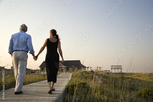 Photo  Couple on Boardwalk