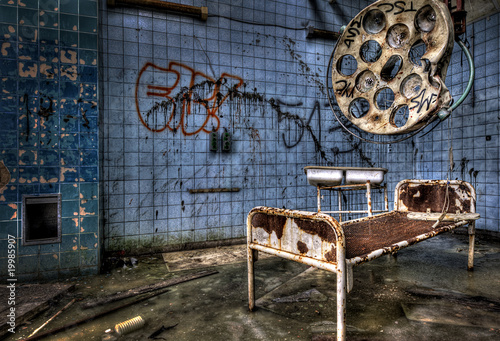 Photo sur Aluminium Ancien hôpital Beelitz gesetzlich versichert?
