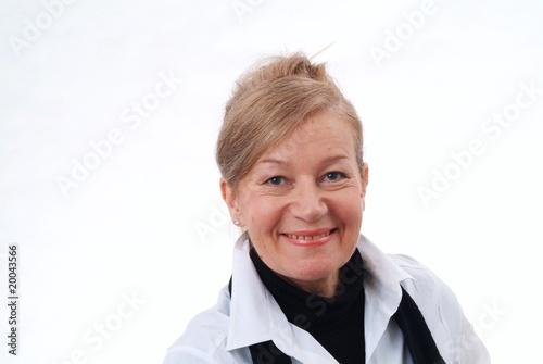 Fotografia  Eine lachende Geschäftsfrau. Sample text.