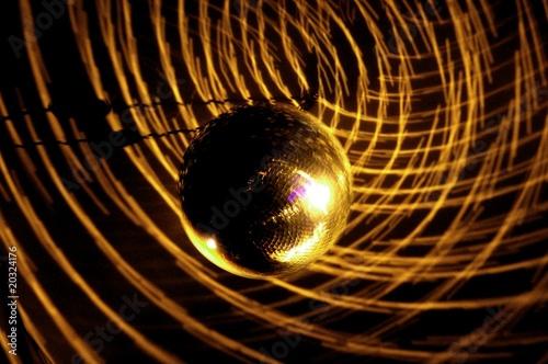 licht, disco, scheinwerfer, club, disko, diskokugel, discokugel © masterric3000