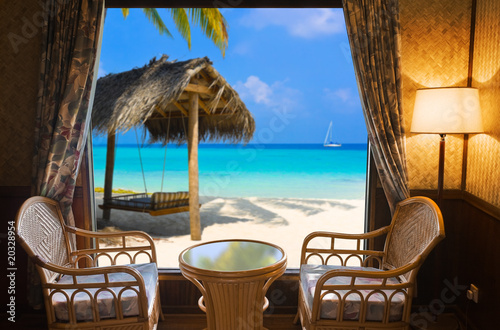 Foto op Plexiglas Wand Hotel room and tropical landscape