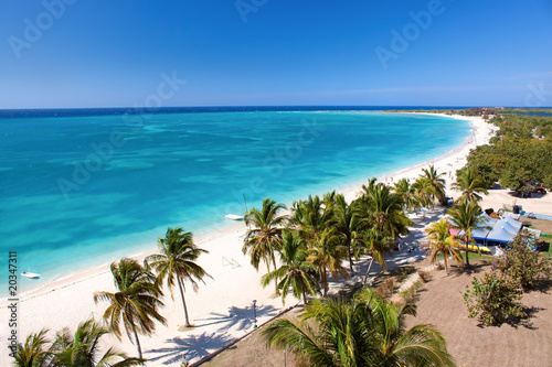 Poster de jardin Caraibes Beautiful tropical beach at the Caribbean island
