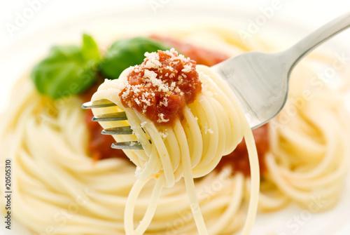 Fotografía  Spagetti mit Tomatensauce