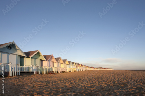 Beach huts at mersea, essex фототапет