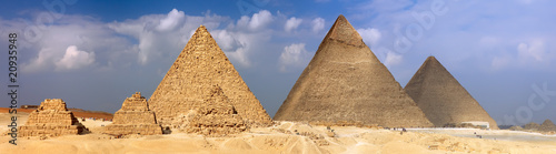 Tuinposter Egypte Great Pyramids, located in Giza.