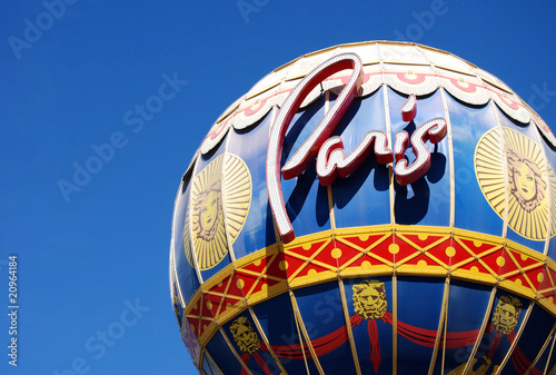 Poster Las Vegas Close up of the Paris hotel Balloon in Las Vegas