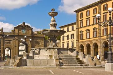 Fototapeta na wymiar Viterbo - Piazza della Rocca - Fontana - Rocca Albornoz