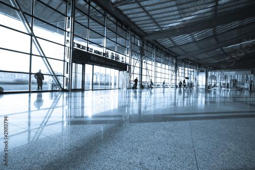 Poster Aeroport interior of modern building