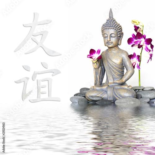 Buddha und Zeichen für Freundschaft