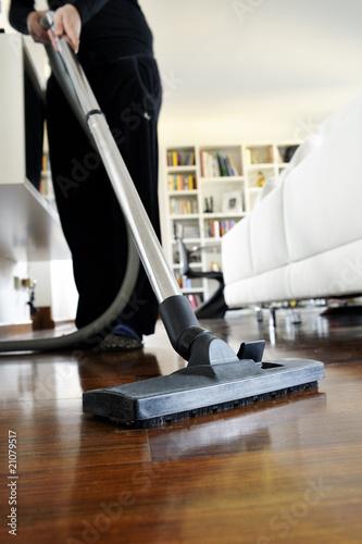 Fotografie, Obraz  pulizia della casa