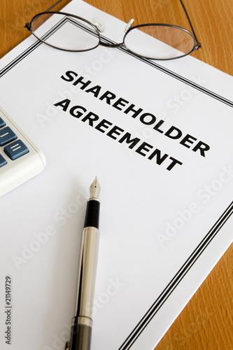 Fotografía  Shareholder Agreement
