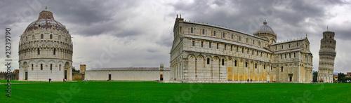 Obraz na płótnie Panoramic view of the Piazza dei Miracoli in Pisa. Italy.