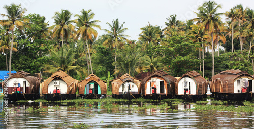 Photo House boats in Kerala backwaters