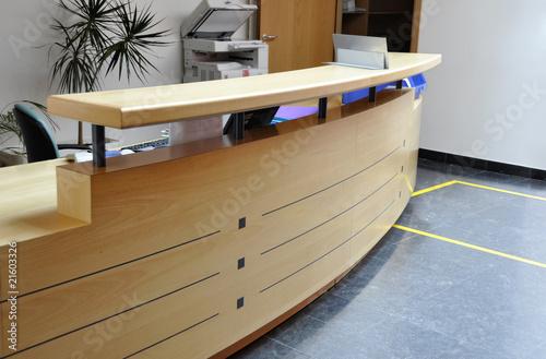 Láminas  Reception desk