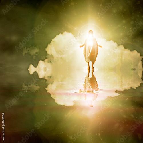 Fotografia Figure walks on water