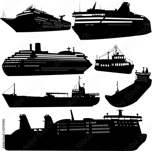 Leinwand Poster Set of vector silhouettes of ships and cruise ship