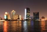 Wieczorne światła w Dubaju