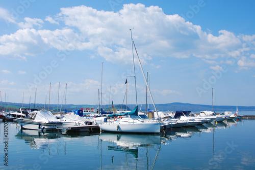 Valokuva  Capodimonte  comune di Viterbo - Il porto - Barche