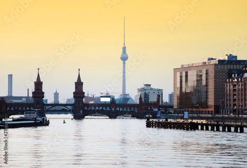 Staande foto Berlijn berlin skyline