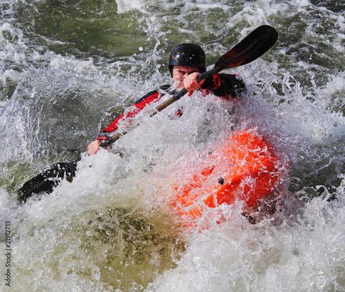 Valokuva  Kayaking on whitewater