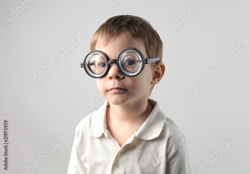 Fotografía  Thick glasses