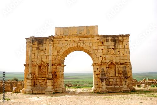 Fotografía Triumphal arch, Volubilis, Morocco