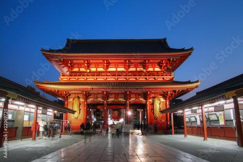 Foto op Plexiglas Temple Gate at Senso-ji Temple in Asakusa, Tokyo, Japan