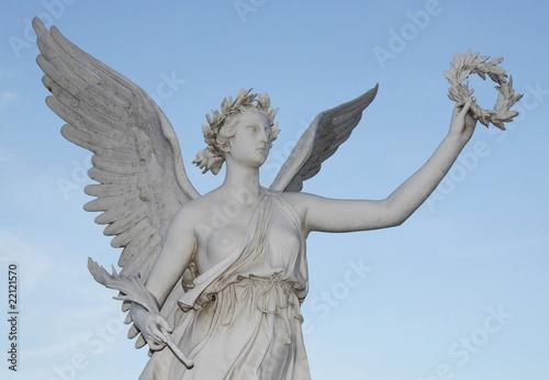 Fotografija  Statue der Siegesgöttin Nike