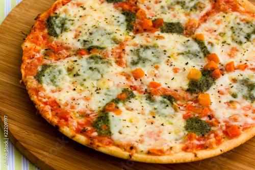 Pizza Supreme z Mozzarellą