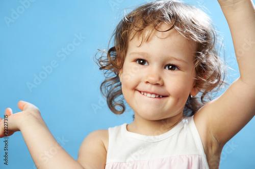 Photo  Portrait of funny lovely little girl