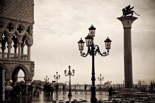 Photo  A Rainy Day In Venice, Italy