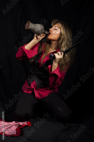 Valokuva girl  with a gun