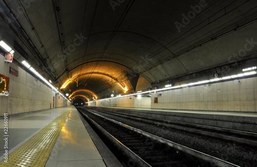 Foto auf AluDibond Bahnhof Underground train station