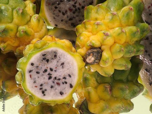 Fruta de dragón amarillo pitaya Canvas Print