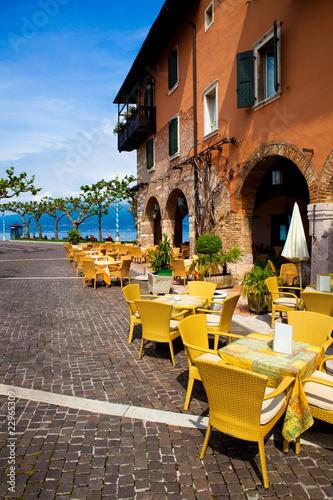 Photo  Café in Torri del Benaco, Gardasee