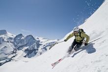 Sportliche Telemarkerin