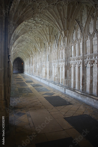 Obraz na plátně  The Cloister in Gloucester Cathedral