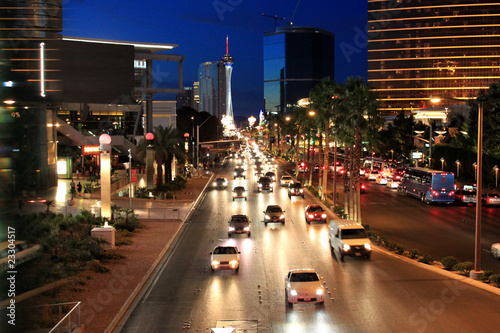 Fotobehang Las Vegas Night street traffic