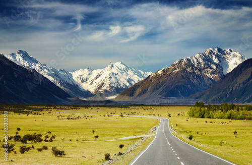 Photo Stands New Zealand Southern Alps, New Zealand