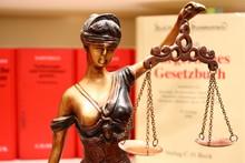 Justitia - Deutsche Gesetze