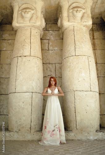 Cuadros en Lienzo Egyptian woman priestess
