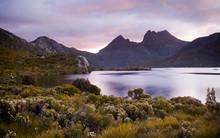 Dove Lake, Cradle Mountain In Tasmania, Australia