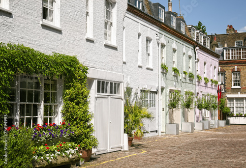 Cosy mews houses at Notting Hill Canvas Print