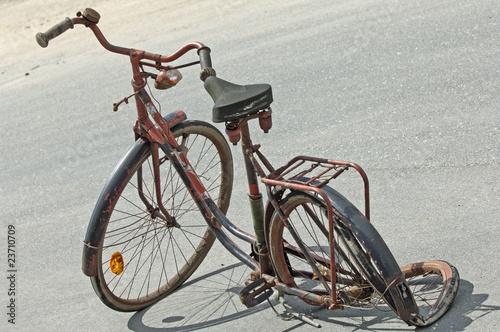 Fényképezés  Schrottfahrrad,altes Fahrrad