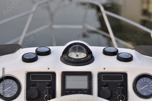 Cockpit Motoryacht