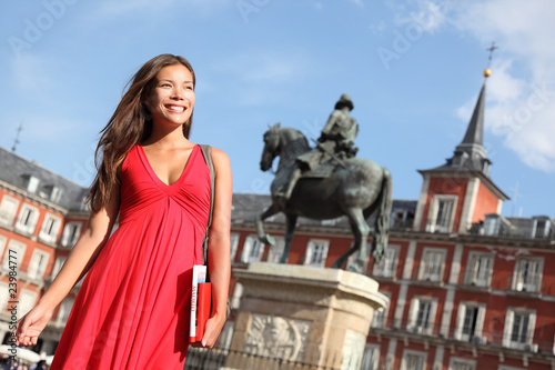In de dag Madrid Madrid - Woman on Plaza Mayor