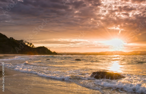 Photographie Moody Sunset over Byron Bay