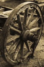 Old Wagon's Wheel